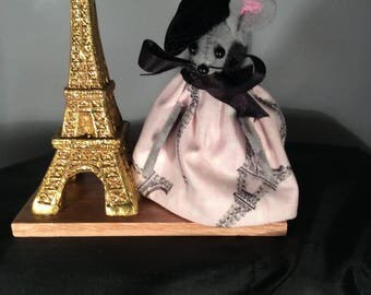 Mouse with the Eiffel Tower. NEW LOWER PRICE