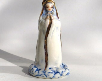 White Madonna Minimalist Figurine Abstract Miniature Ceramic Figure Religious Sculpture Mary Ascended to Heaven