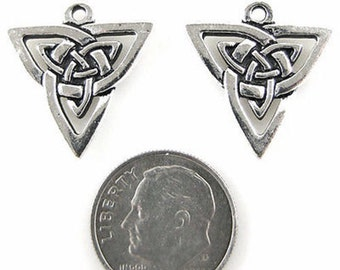 TierraCast Pewter Charms-Silver CELTIC TRIANGLE KNOT (2)