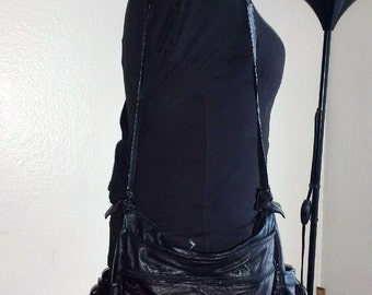 XL Black Leather Shoulder Bag with Multiple Compartments