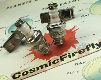 Men's Vintage Cufflinks Miniature Spark Plug Cufflinks Steampunk Cufflinks Tiny CHAMPION Spark Plug Cufflinks