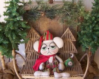 """Primitive Chritmas Santa Mouse with Snoman Face Tail Ornie   """"Decorating Santa"""" OFG HAFAIR FAAP"""