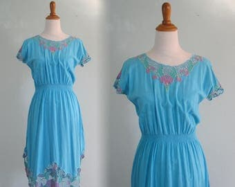 Pretty 80s Bali Lace Cutwork Dress in Aqua - Vintage Embroidered Rayon Sundress - Vintage 1980s Dress M