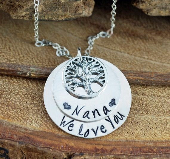 Family Tree Nana Necklace, Grandma Tree of Life Jewelry, Grandmother Necklace, Gift for Nana, Mothers Necklace, Gift From Grandkids