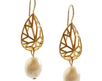 Pearl Earrings, Wedding Earrings, Geometric Earrings, Bridal Earrings, Pear Shaped Earrings, Gifts for Her, Free Shipping