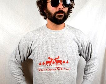 Vintage 80s Pixel Deer Winter Gray Sweatshirt