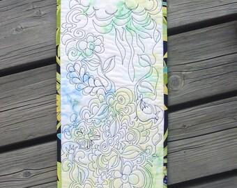 Art Quilt - Impromptu Quilting Method - Thread Doodle - Black Thread Drawing