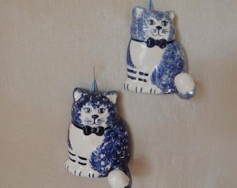 1985 Pair of Blue Ceramic Kitty Cat Towel Hangers. Signed Hand Painted Blue Cat Kitchen Ceramic Hooks. Blue Cat Tea Towel Hooks.