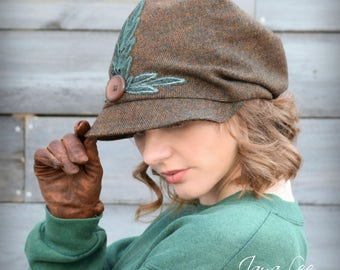 Rustic Pine Slouchy Visor Beanie Newsboy Cap Copper Brown Tweed