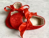 Red Lace Shoes // baby shoes toddler girl shoes Christmas shoes Valentine shoes- Lacey Red