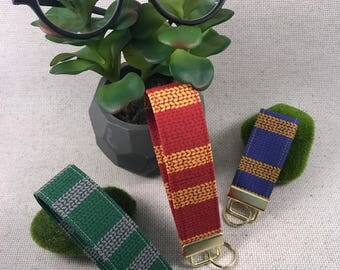 Magic School Spirit Hogwarts Scarf Geeky Key Fobs
