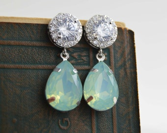 Mint Opal Crystal earrings, Teardrop earrings, Wedding Bridal Earrings, Bridesmaid Earrings, Seafoam, Beach wedding