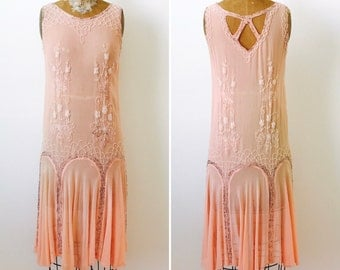 Vintage 1920s Beaded Silk Flapper Dress/Pastel pink color/Art Deco/Gatsby Style/Wedding dress