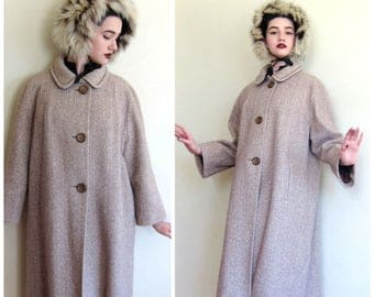 Vintage 1970s Button Down Coat in Oatmeal Wool Tweed / 70s A line Coat in Beige / Large