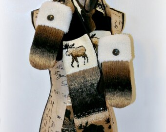 Rustic Brown Moose Scarf Mitten Set, Fleece Cuffed Women's Recycled Sweater Mittens