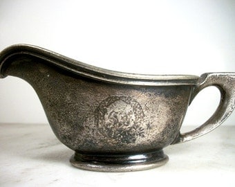 R. WALLACE Silver soldered gravy boat 4 oz creamer cream pitcher an old vintage antique collectible