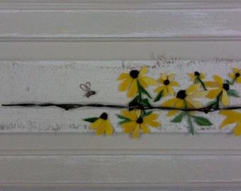 Farmhouse Style Mosaic-Black Eyed Susan's Honey Bees