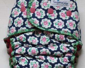 roses-serged *Petite fit* hybrid diaper