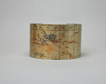 Mount Shasta National Forest Cuff Bracelet Map Hiking Gift for Men or Women