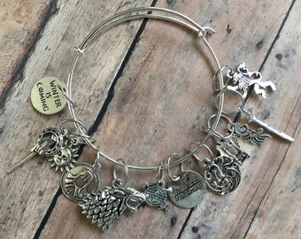 Game of Thrones stitch marker bracelet - for your knitting project bag