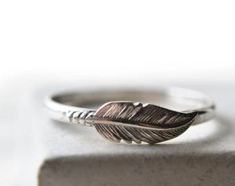 Silver Feather Ring, Customized Feather Jewelry, Handforged Sterling Silver Ring, Personalized Jewelry for Women, Custom Engraved Jewelry