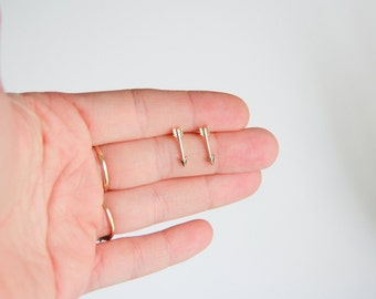 Gold arrow earrings, Valentines Earrings, Arrow stud earrings, Bridesmaid Jewelry, Bridesmaid Gift, Gift for Her, Jewelry Gifts Wife Gift
