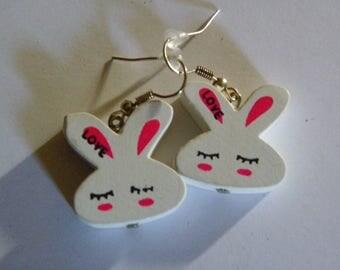 Dangle White Wood Bunny Head Earrings  417