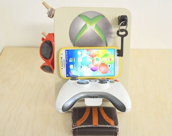 Xbox 360 controller Universal Phone Dock Stand and Organizer
