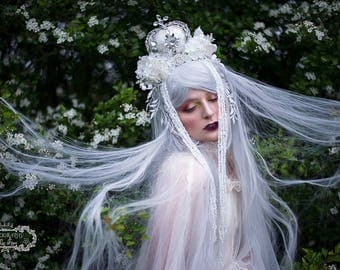 Silver and Off-White 'White Queen' Crystal Couture Crown