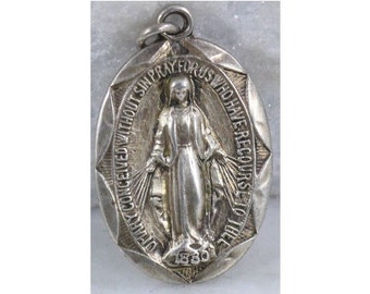 "Vintage Mother Mary Sterling Silver Jewelry Religious Medal Pendant on 18"" sterling silver rolo chain"