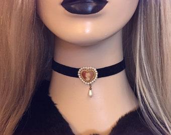 Sale 90s Vtg Victorian Lady Scarlet Red, Wine Red, Black Velvet Chokers. Ariana Grande Vintage Pastel Goth Kawaii Lolita Grunge Boho Choker