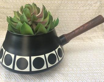 retro black imperial fondue pot made in japan