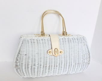 White Wicker Purse with Gold Tone Metal Top Handles and Leather Closure by La Fleur Made in Hong Kong Spring Summer Accessory