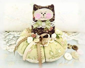 Cat Pincushion 5 inches, Brown Gold Tan Green, Decor Fabric & Cotton Fabric Primitive Cloth Doll Decoration Soft Sculpture Folk Art