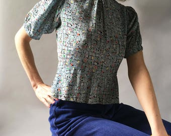 Printed 1930s Primary Colors Silky Rayon Vintage Blouse Mock Turtleneck Faceted Buttons