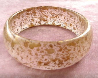 Gold Flecked Lucite Bangle Translucent 1950s Retro