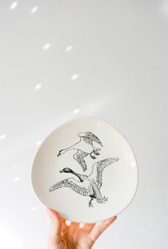 Mid Century Cream and Black Bird Wall Plate // Norske Dyretegninger Stavangerflint Norway