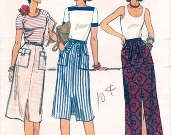 Neat Vintage 1970s Vogue 9466 Pocket Details Straight Skirt In Maxi or Midi Length Sewing Pattern W28