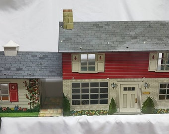 Louis Marx Colonial Breezeway Two Story with Games room  Tin Litho Dollhouse Beautiful Half inch Scale home