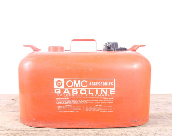 Vintage OMC Accessories 6 gallon Portable Metal Fuel Gas Tank / Orange Antique Gas Can / Large Metal Garage Decor / Automotive Collectible