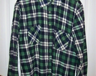 Vintage Mens Green Plaid Flannel Shirt by Dickies Large Only 12 USD