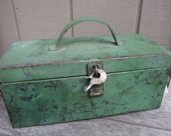 Vintage Heavy Duty Steel Metal Tool Box with Tray Green Chippy Paint