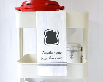 Punny Kitchen Towel - Punny Dish Towel - Hand Towel - Funny Tea Towel - Foodie Gifts - Kitchen Puns - Bread - Another One Bites the Crust