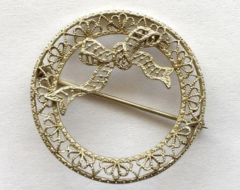 Vintage 1920s 1930s Die Struck White Gold Wreath Pin with Bow Detail