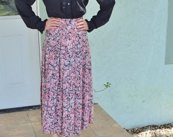 Vintage Laura Ashley Classic Pink Grey Floral Pleated Maxi Skirt Size XS / Small