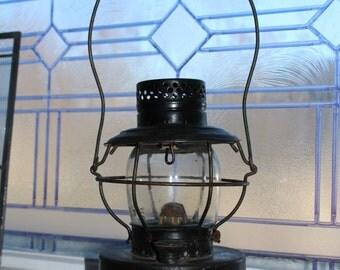 Antique Kerosene Lantern Handlan Lantern