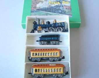 1:12th Boxed Train Set 4 piece for the Dolls House Nursery/Study