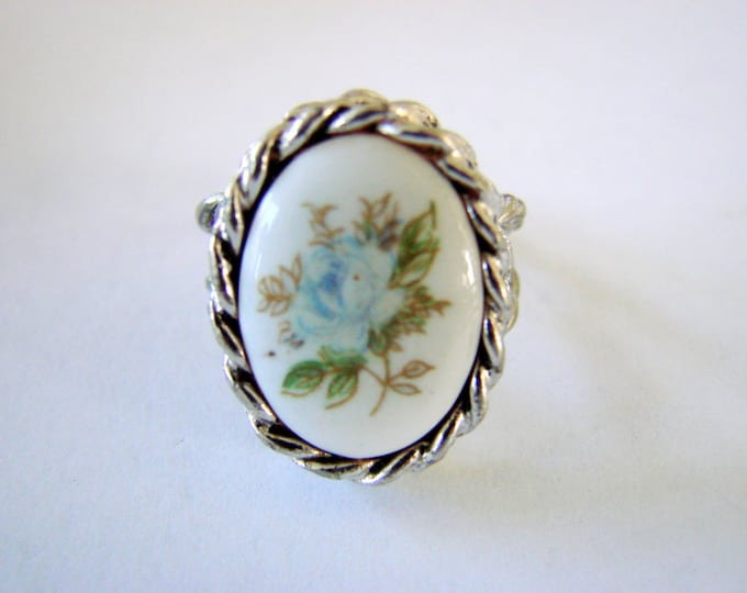 Vintage Sarah Coventry Blue Floral Adjustable Ring Silver Tone Rope Twist Jewelry Jewellery