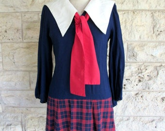 Mod Schoolgirl Dress 60's Plaid Dress 60's with Tie Peter Pan Collar Small Mod Dress Size 5