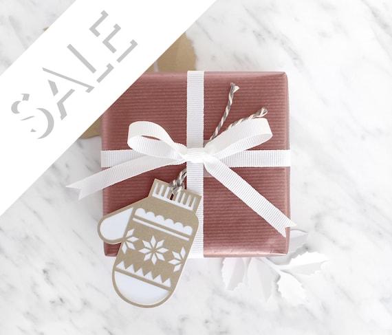 Papercut Mitten Gift Tags - Set of 6